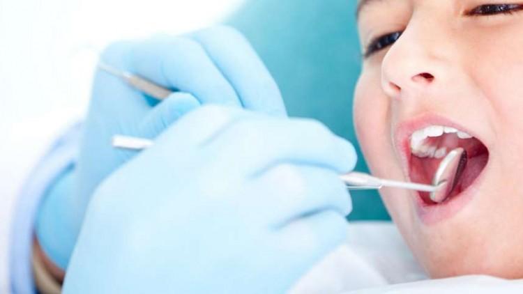 ¿Por que es importante visitar al dentista con regularidad?